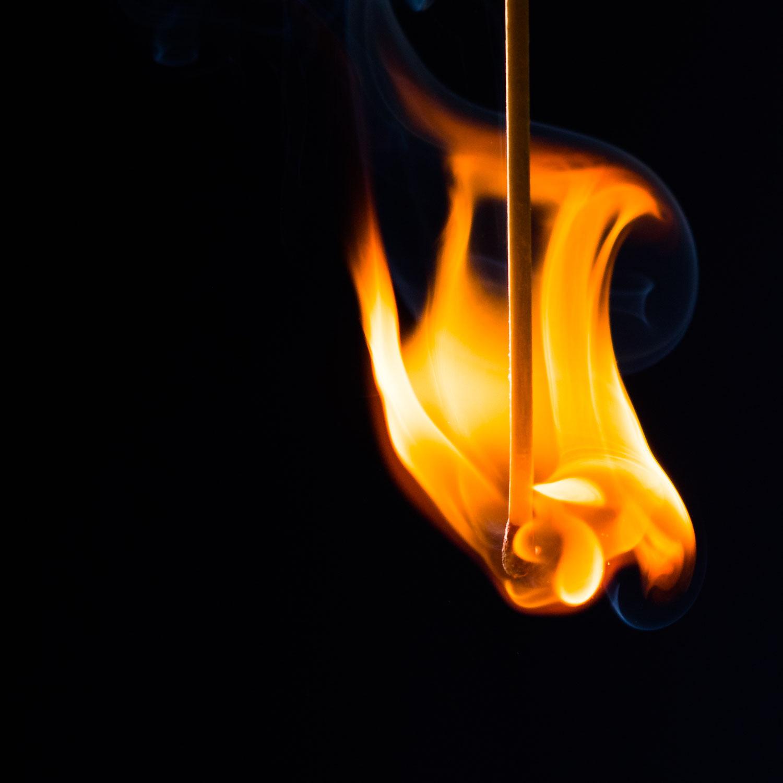 Flammen und Funken