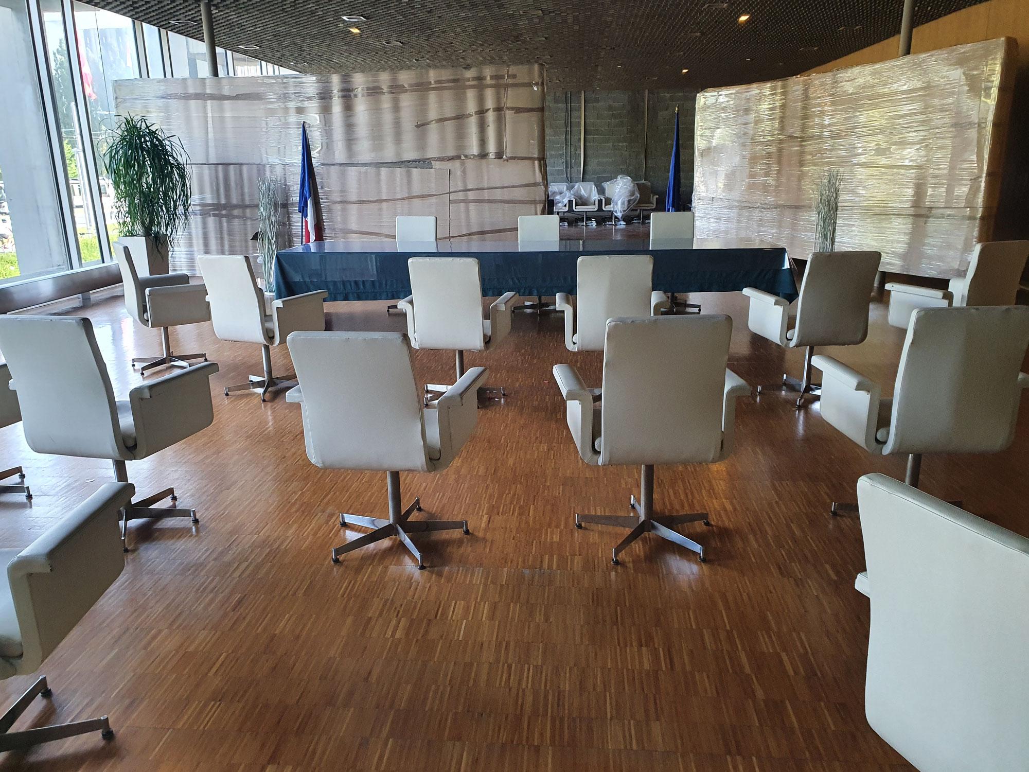 Chaises Mairie de Grenoble