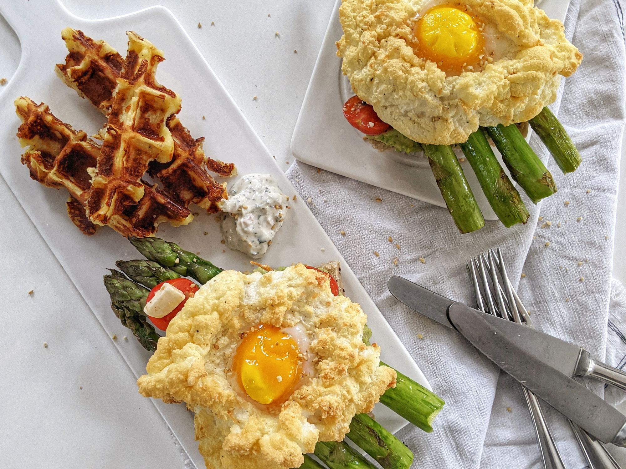 ErbsenHummus & Cloud Eggs
