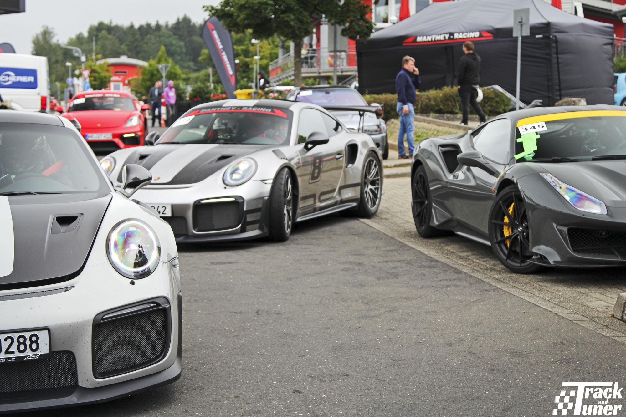 Trackdays.de: Porsche GT2RS vs 488 Pista?
