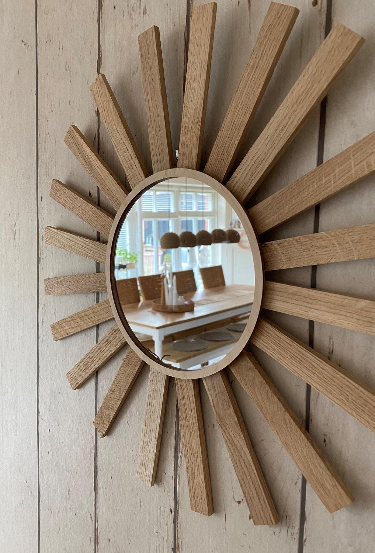 Spiegel mit Klötzchenrahmen