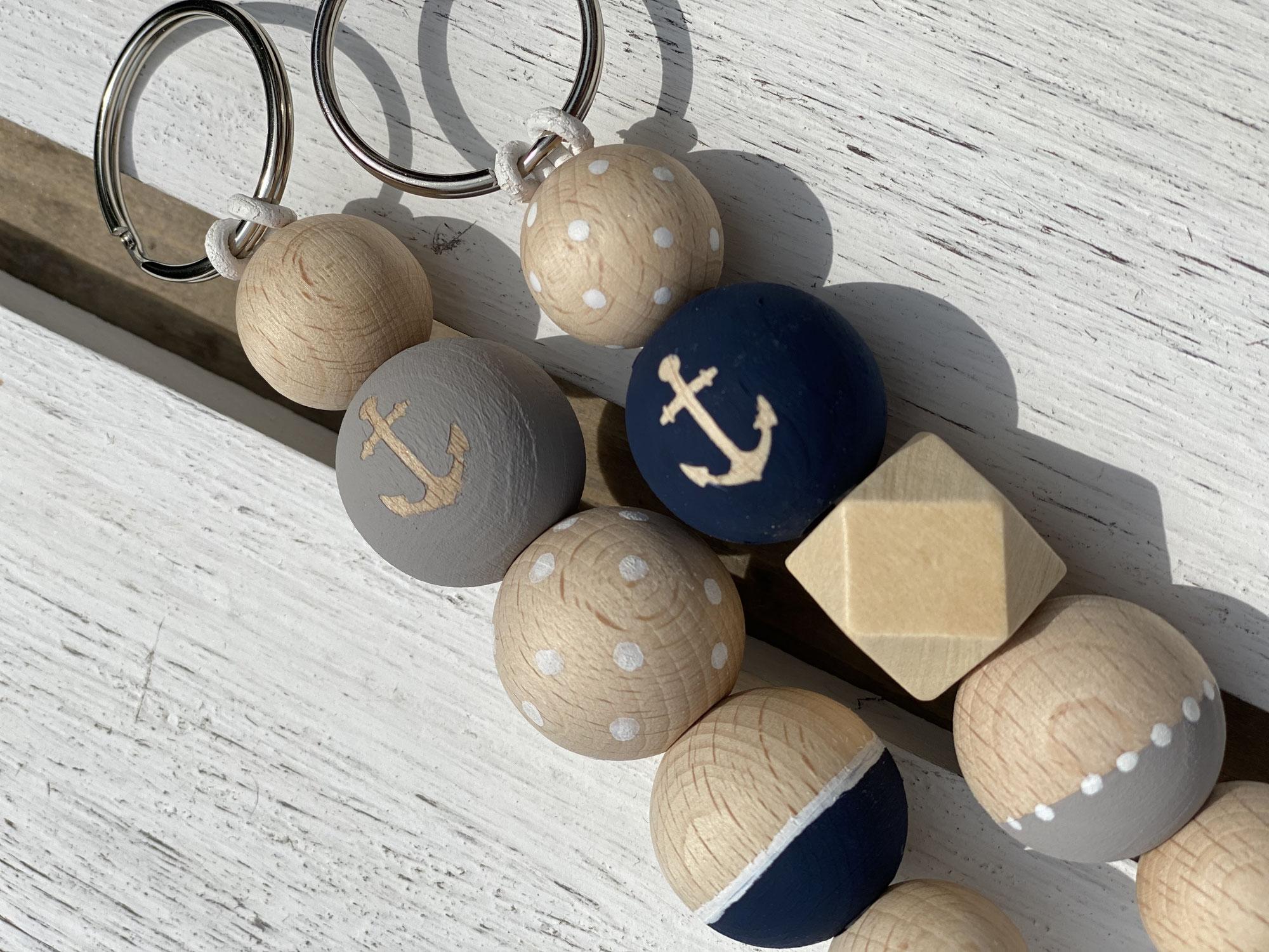 maritimer Holzkugel Schlüsselanhänger