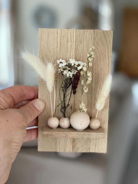 Trockenblumenklötzchen-Brett