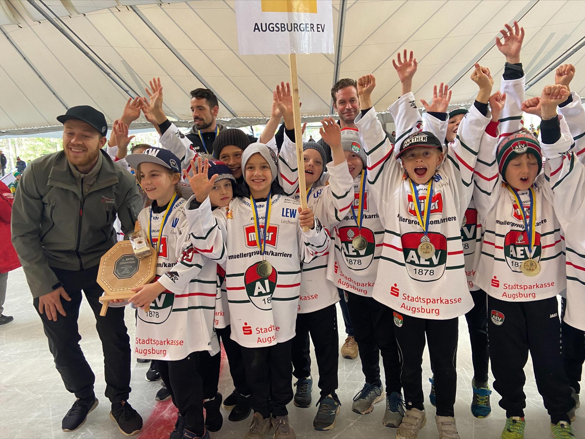 Gold für den Augsburger EV beim 17. Internationalen Montafon Tournament 2021