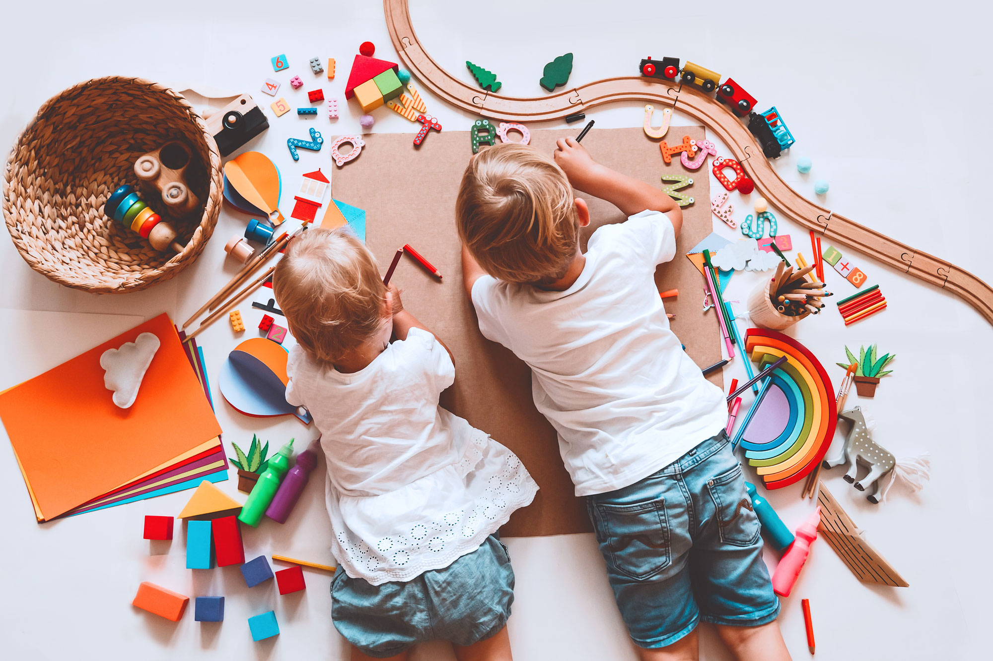Wie fördern wir das Spiel bei Kleinkindern?