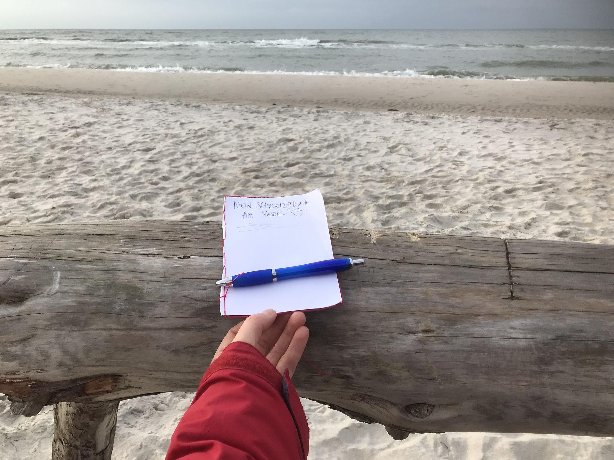 Mein Schreibtisch am Meer & ein neues Zeichen der Liebe