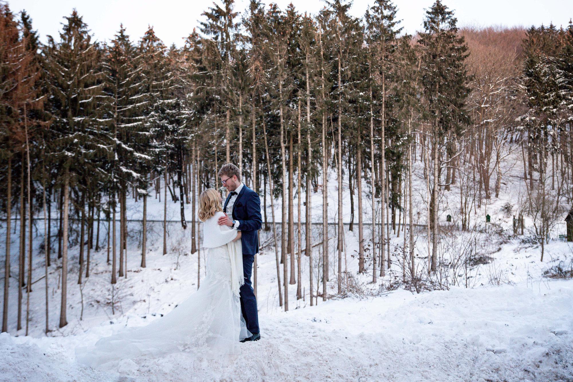 Afterwedding Shooting im Schnee