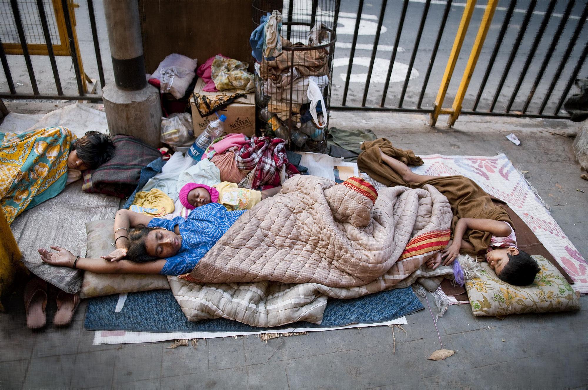 ホームレス「安定した適切な住居がない状態」