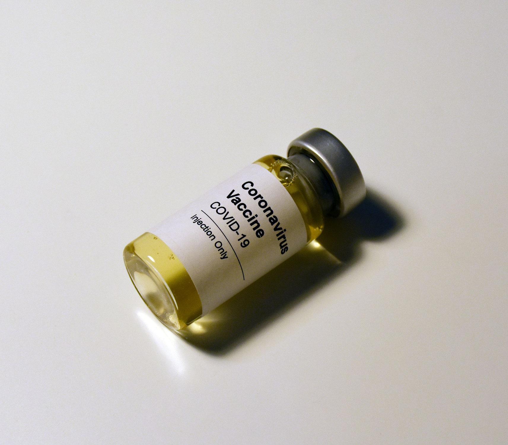 Arztpraxen auf Corona-Impfung vorbereiten