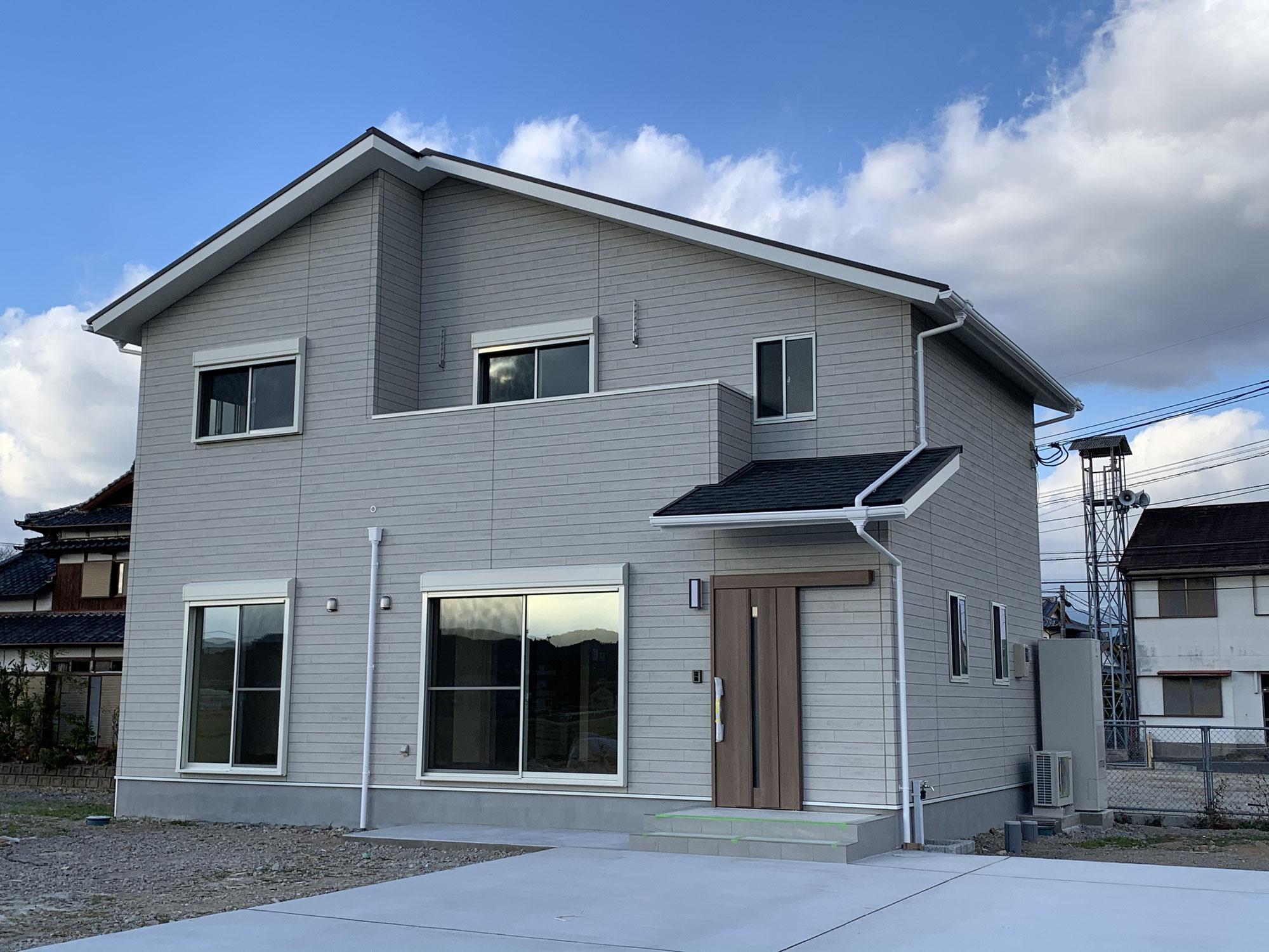 小野島町の建物が完成