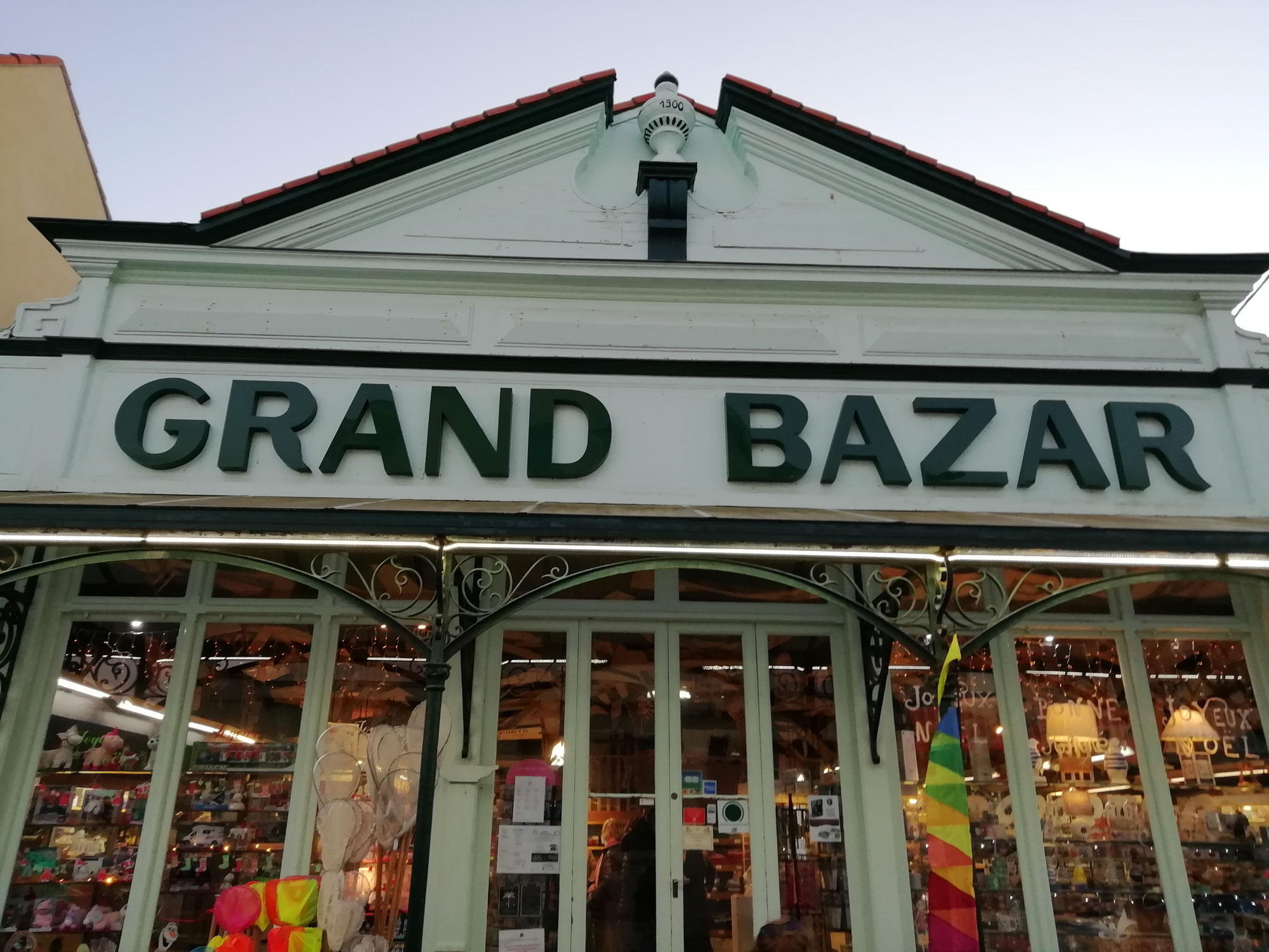 Quel grand bazar !
