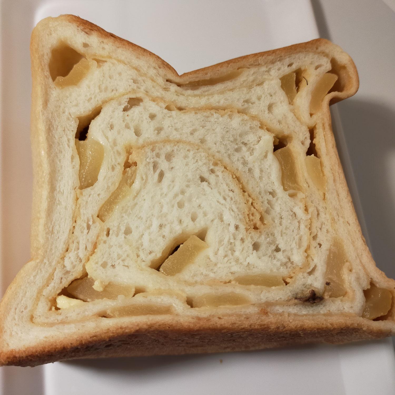 食パン専門店「ル・ミトロン」の「シナモンアップル」