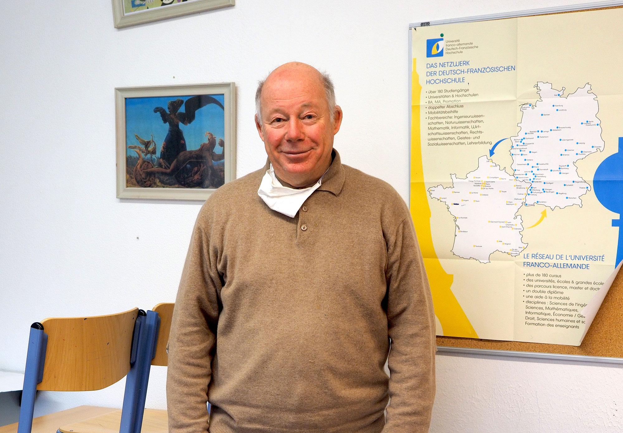 Kulturvermittler aus Leidenschaft: Der Australier John Griffith unterrichtet auch mit 71 noch an einem internationalen Gymnasium in Hamburg