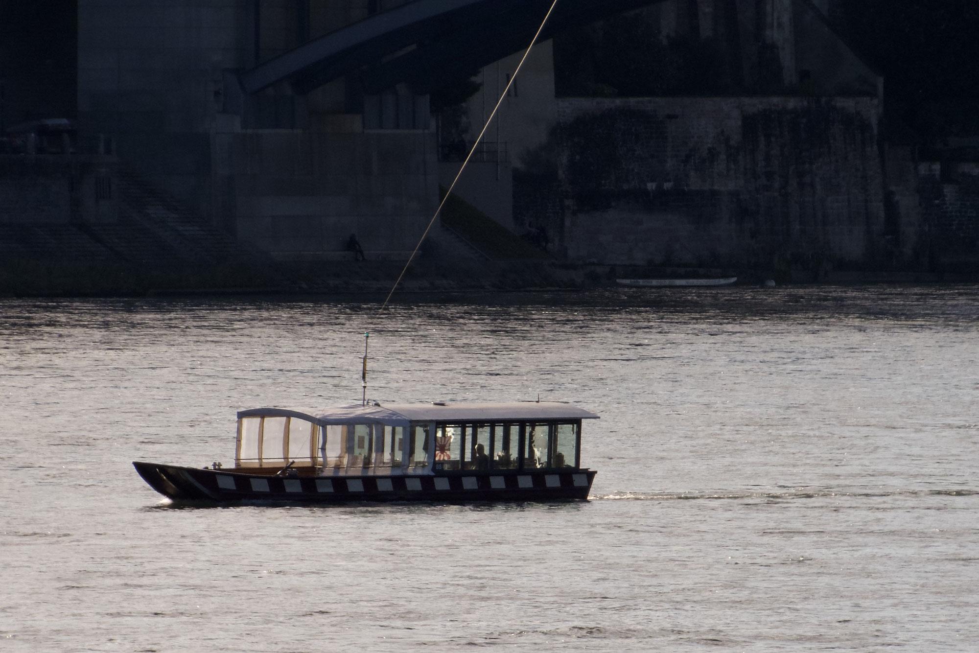 Am Rheinufer in Basel
