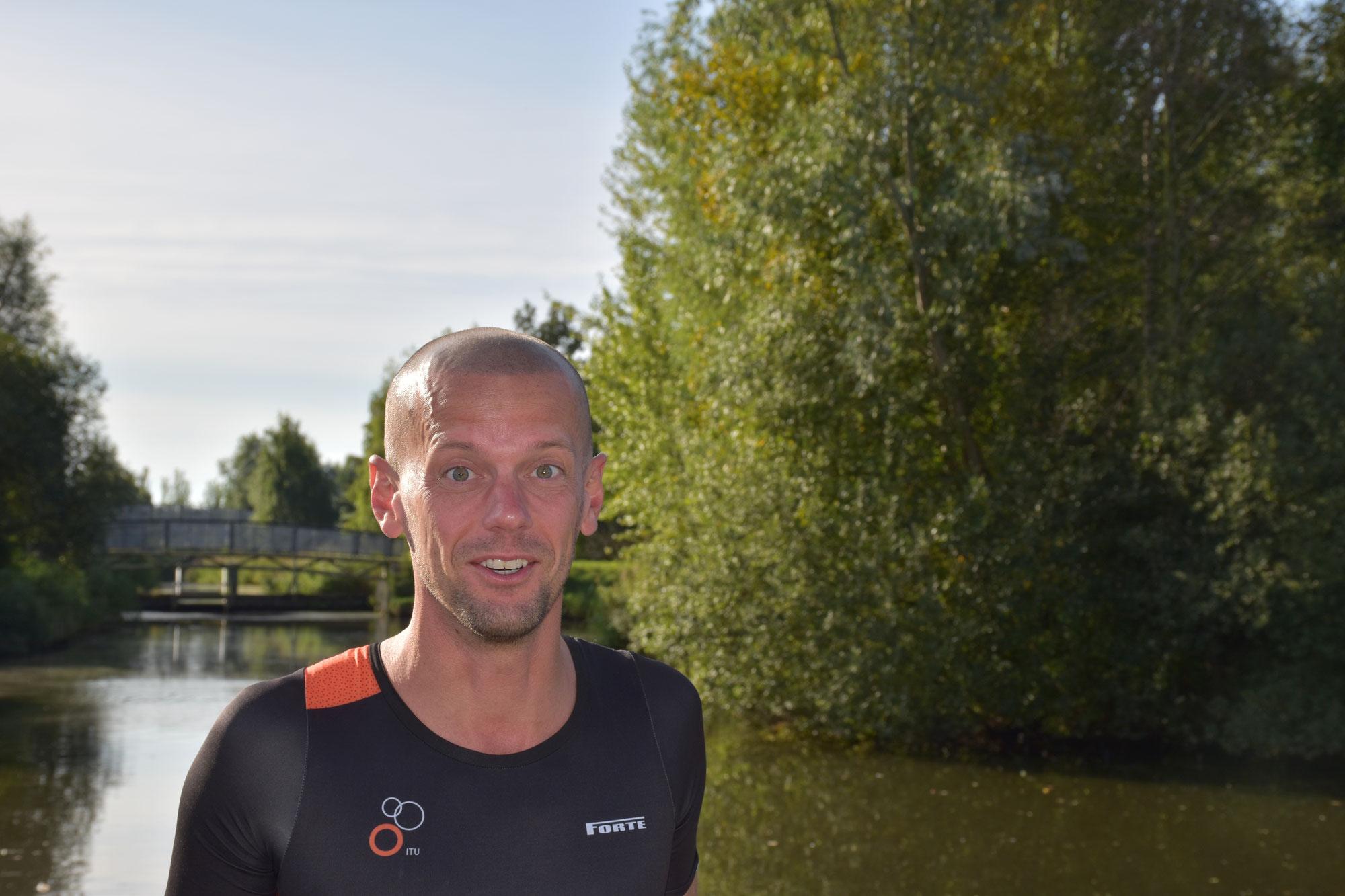 Niels Kerdel stopt voorlopig met triathlon en richt zich op de marathon.