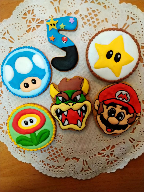 マリオのアイシングクッキー