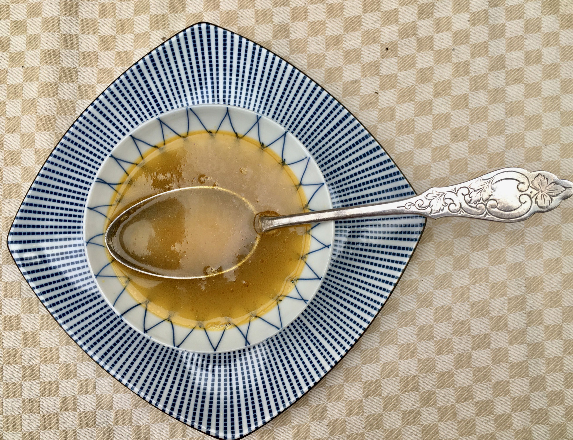 """""""Kraftsuppe - Pures Qi im Teller"""" - neuer eigener Artikel erschienen!"""