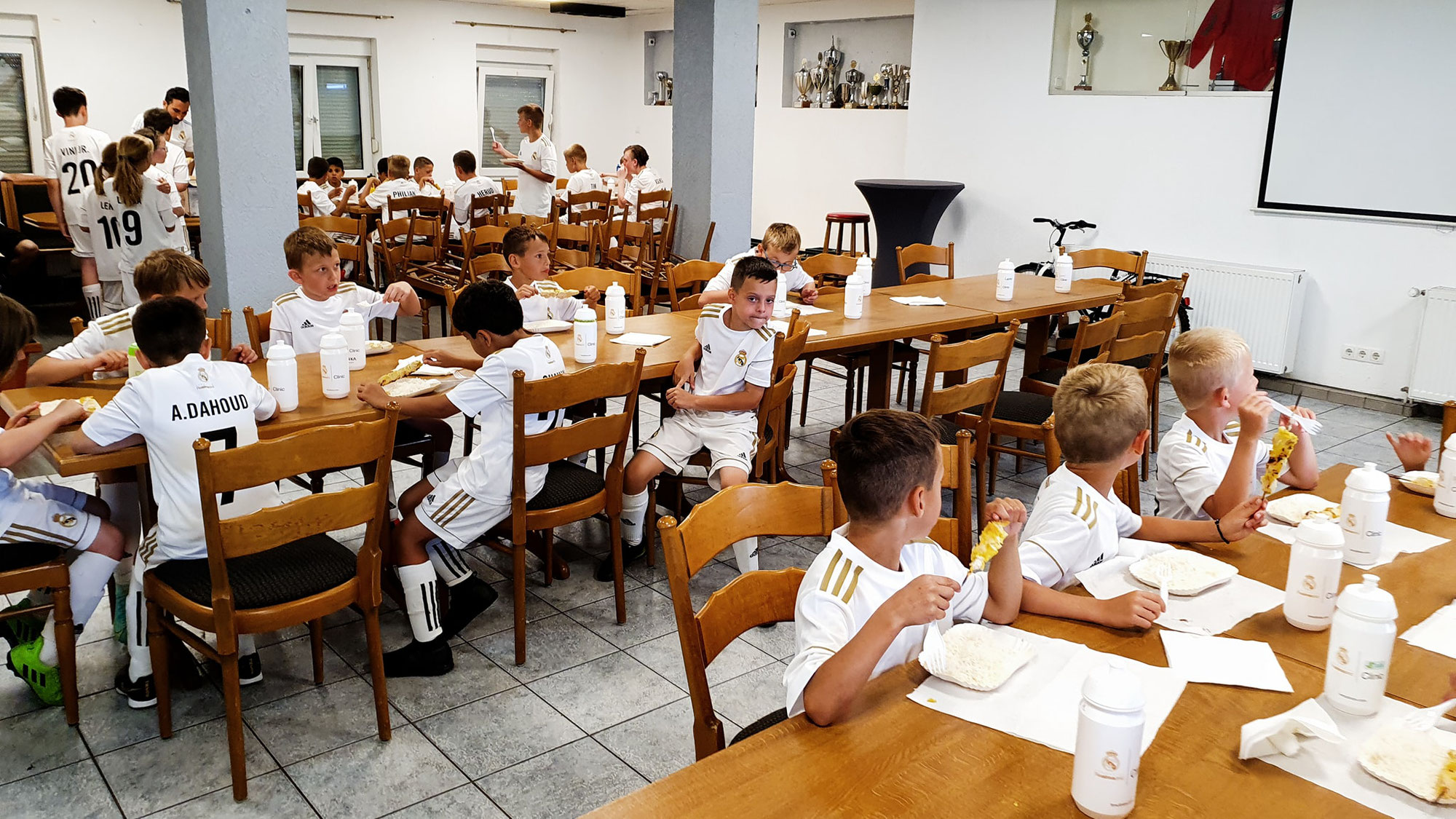 Real Madrid Clinic Camp 2021