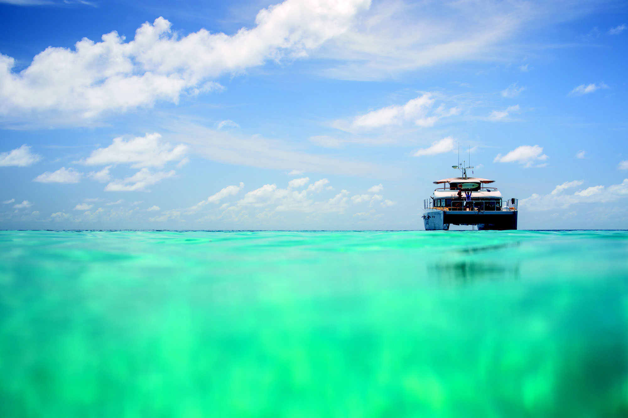 SOUTHERN MALDIVES | SURF COACHING BOAT TRIPS