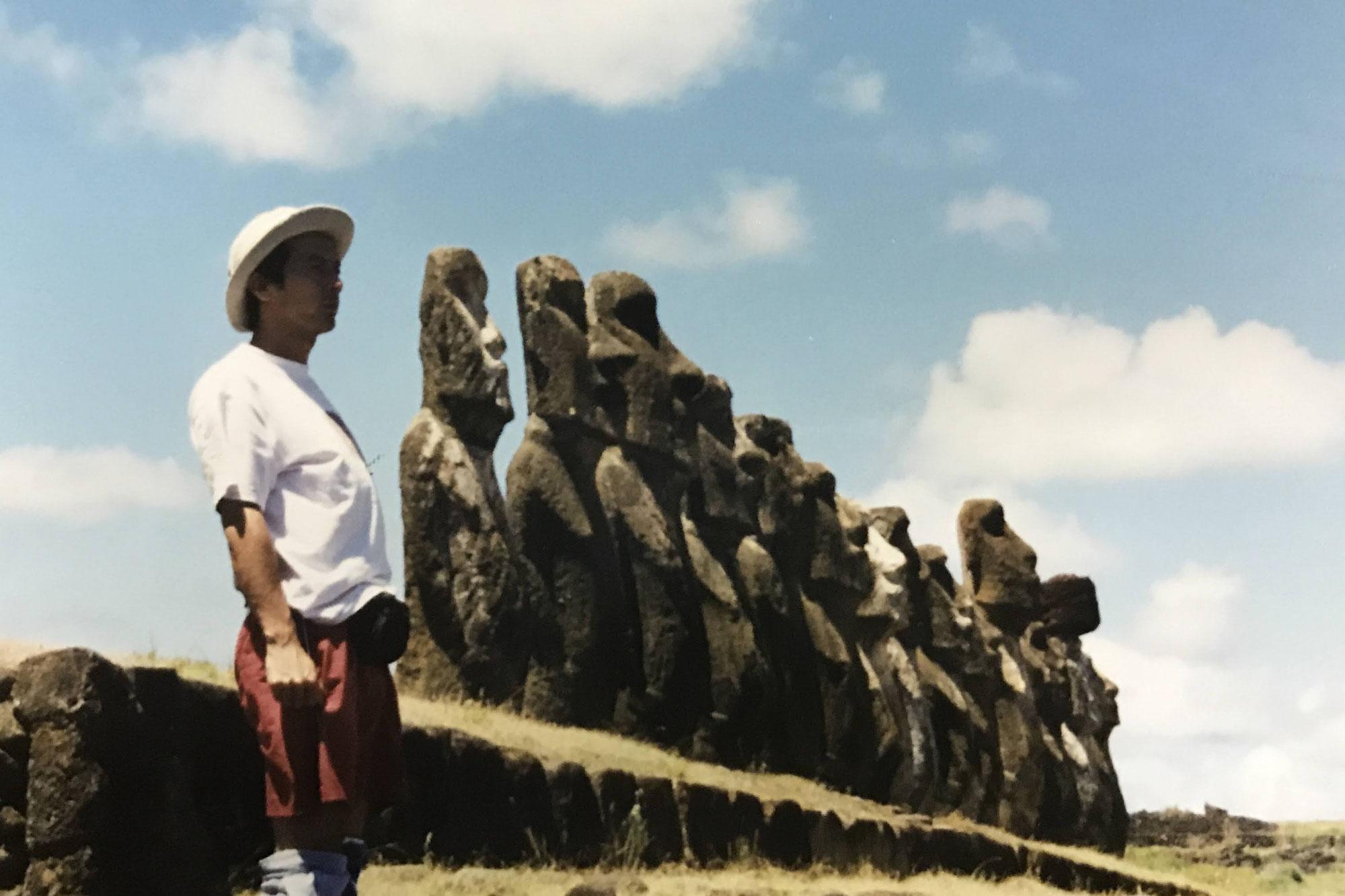 イースター島のモアイ像を見に行く
