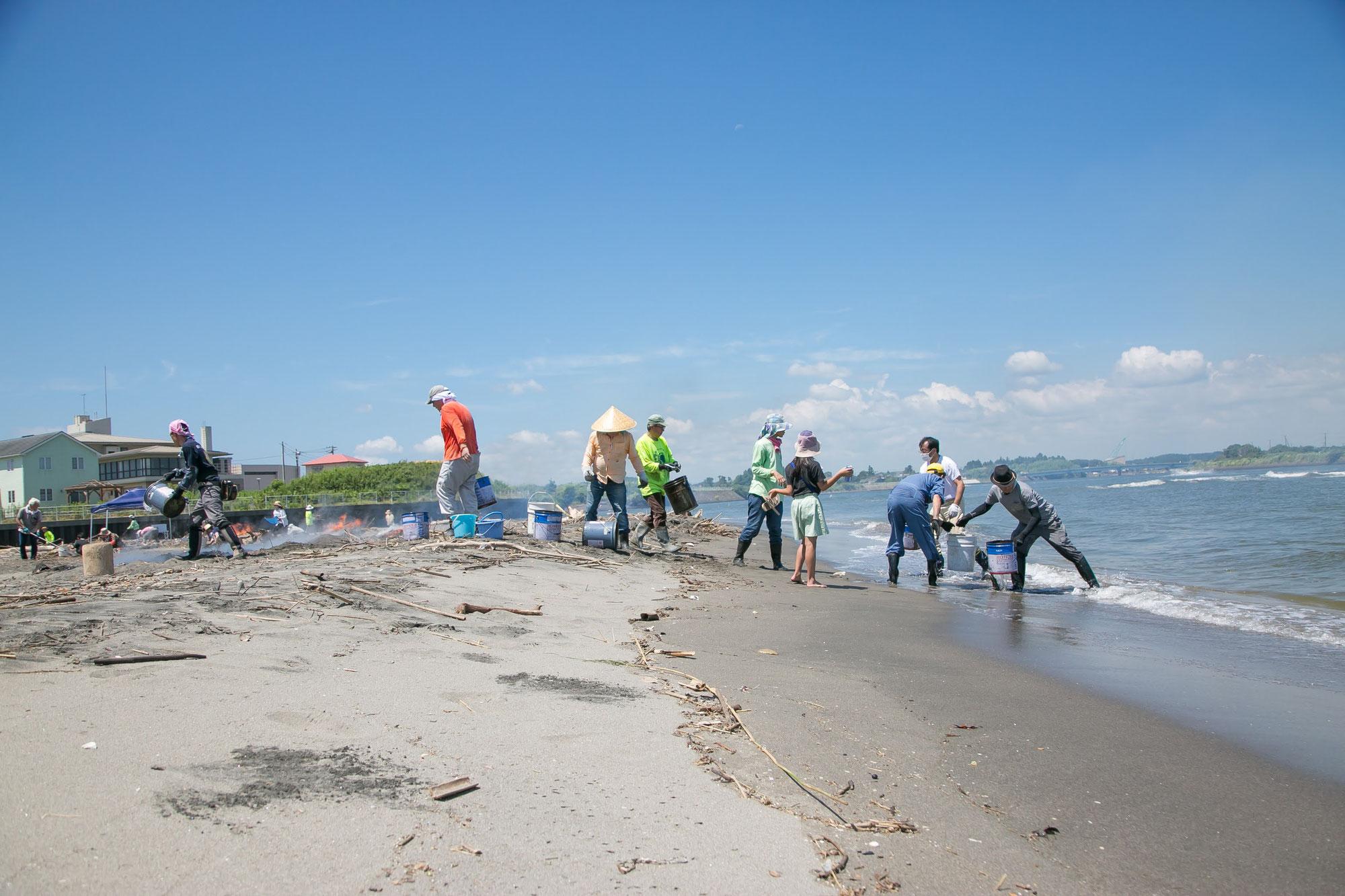 10月の海岸竹炭イベントのお知らせ