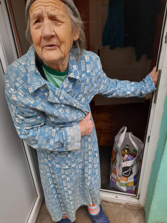 """""""Ich sehe die Angst der Alten"""" – Lebensmittelhilfe des HDZ"""