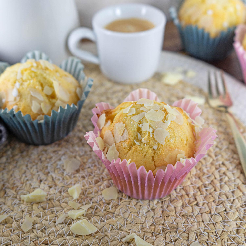 Weisse Schokolade Muffins mit Hermann Teig