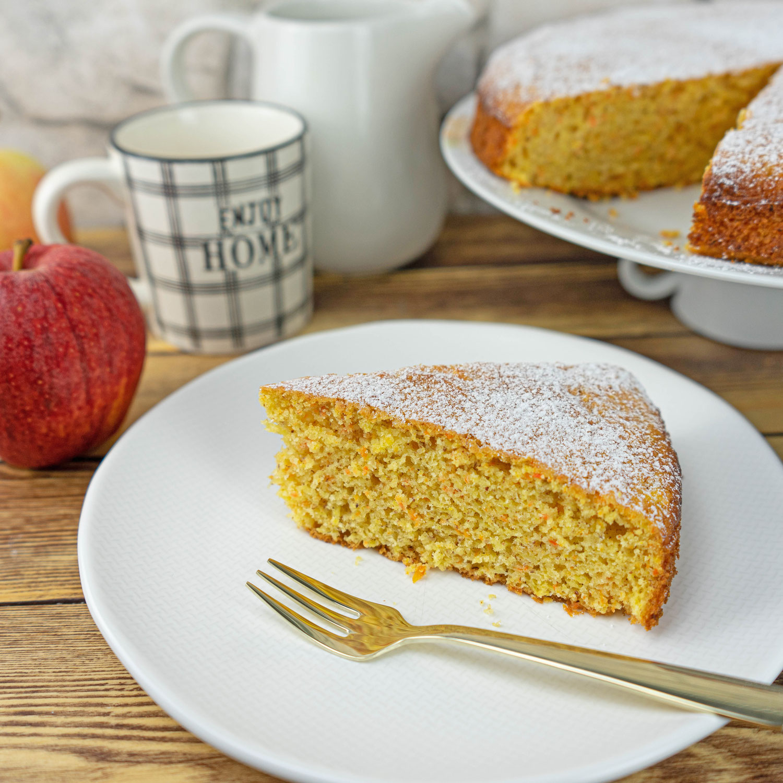 Apfel Karotten Kuchen