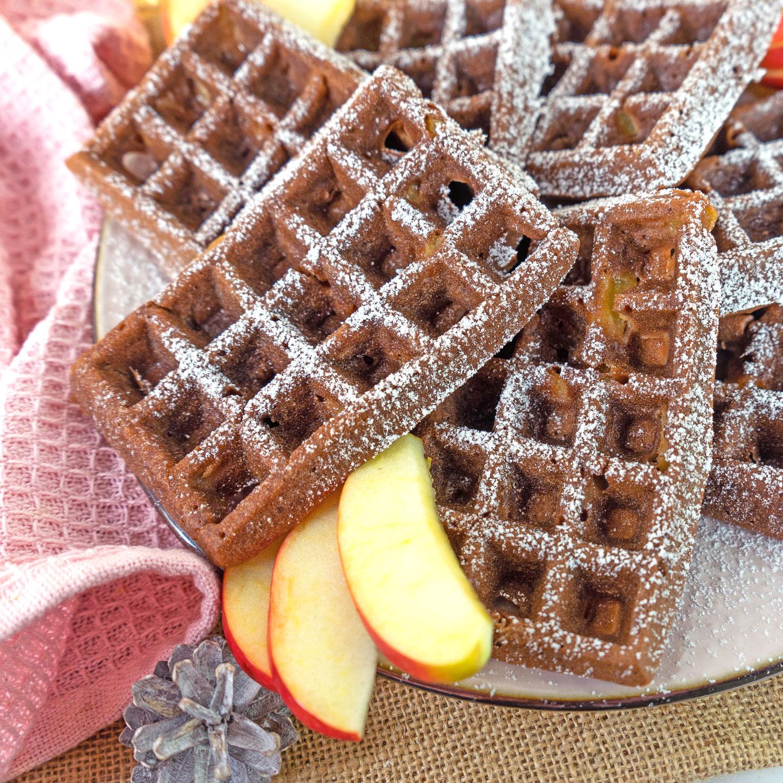 Zuckerfreie Lebkuchen Apfel Waffeln (vegan)
