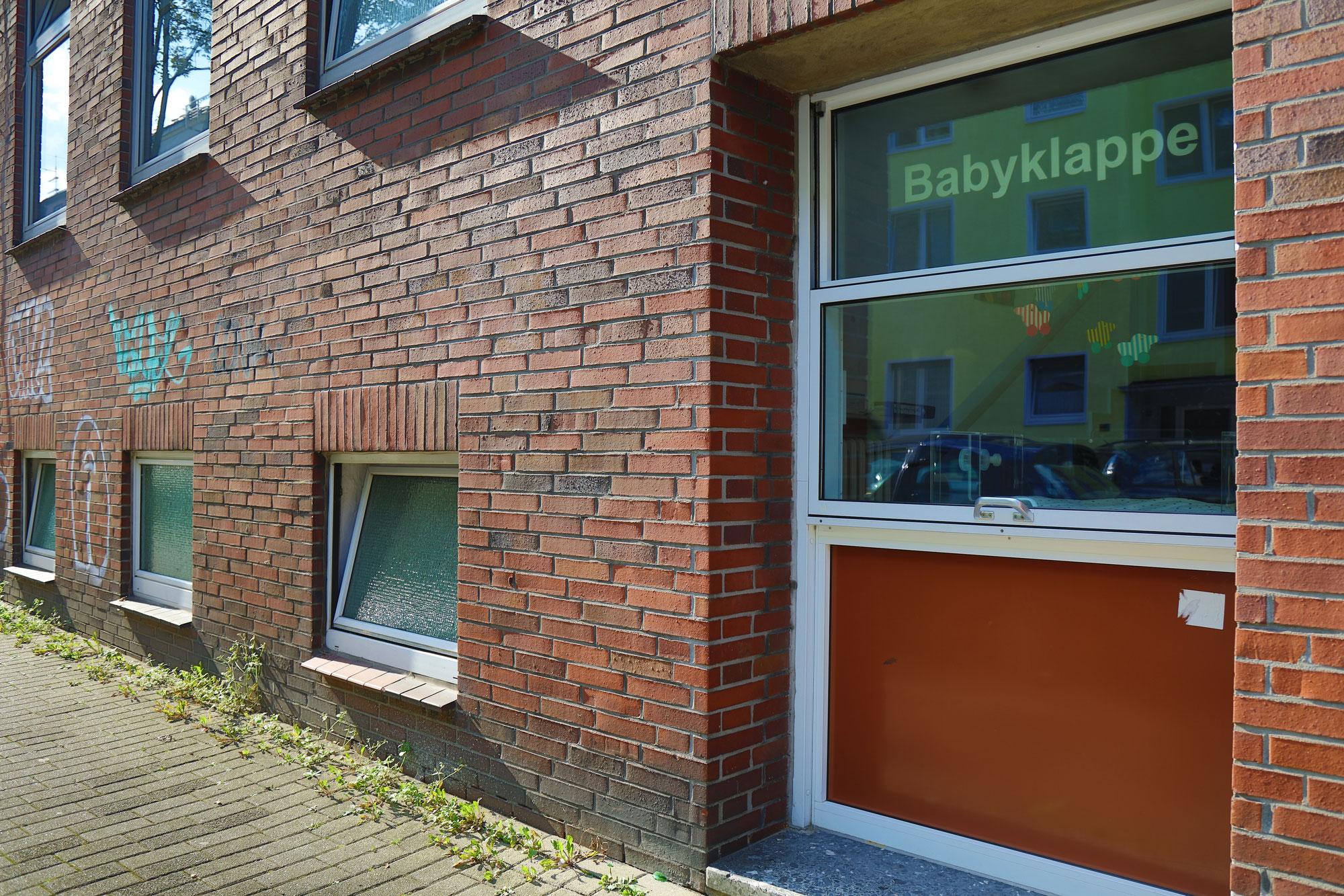 Anonyme Geburt und Babyklappe