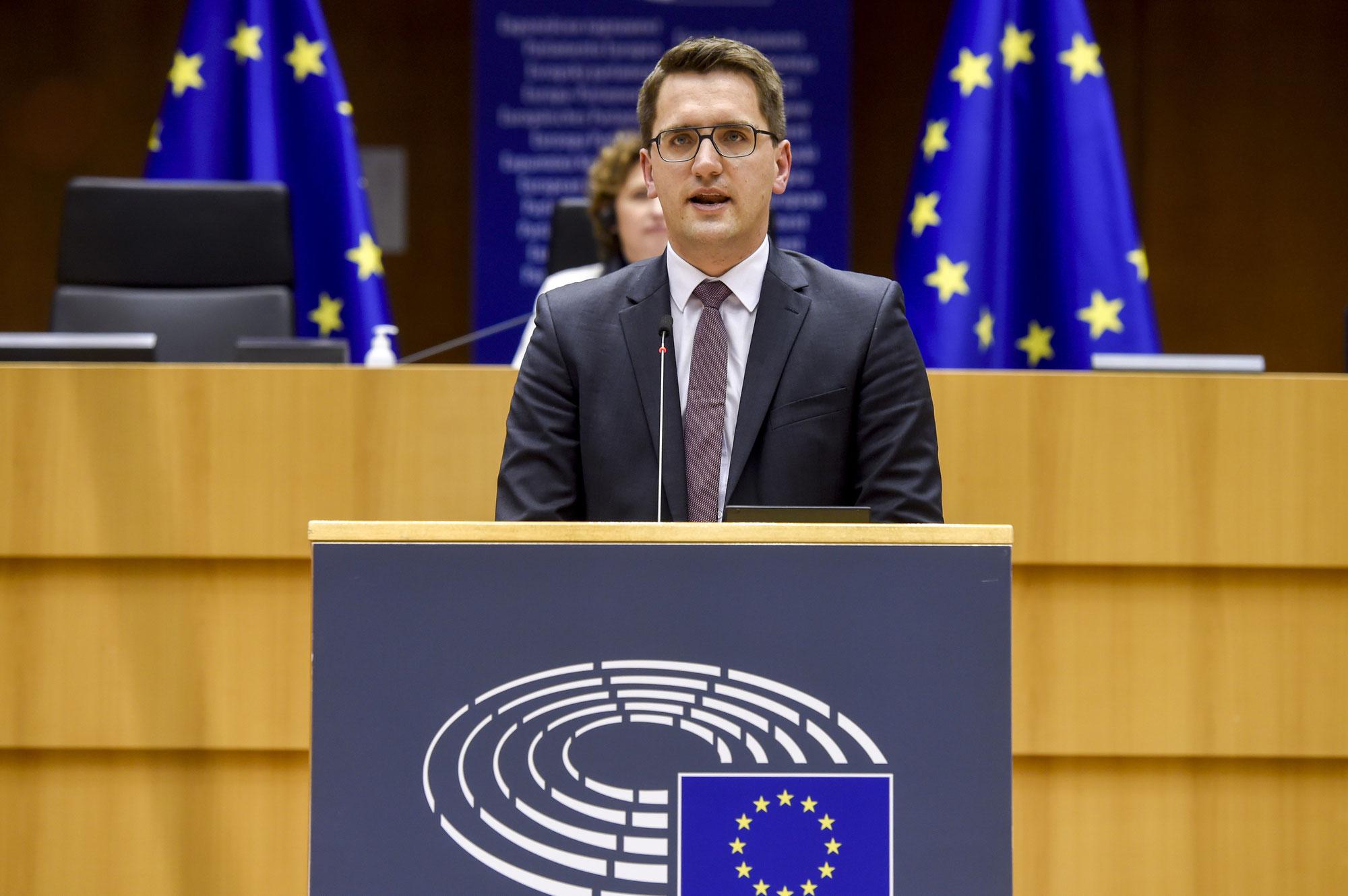 Erfolg für die Zukunft der regionalen Wirtschaftsförderung:  Kommission nimmt Regionalbeihilfen unter Erhöhung des Gesamtplafonds an