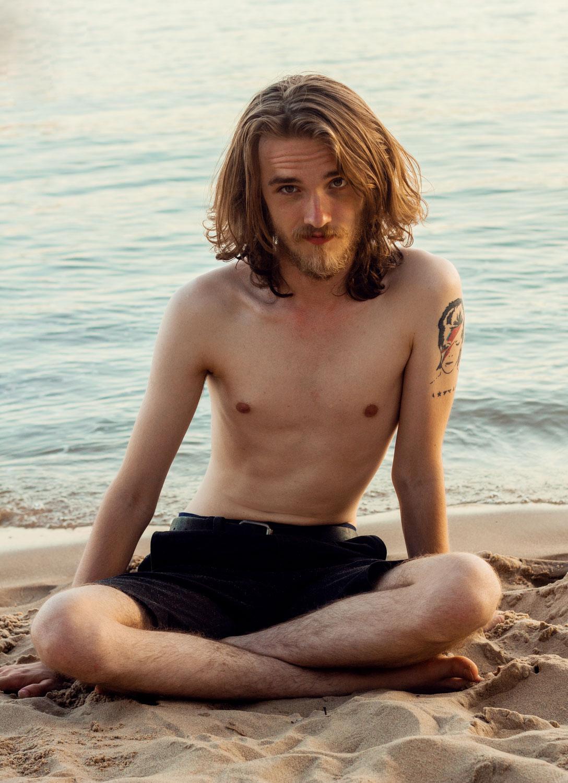 FYNN ON THE BEACH