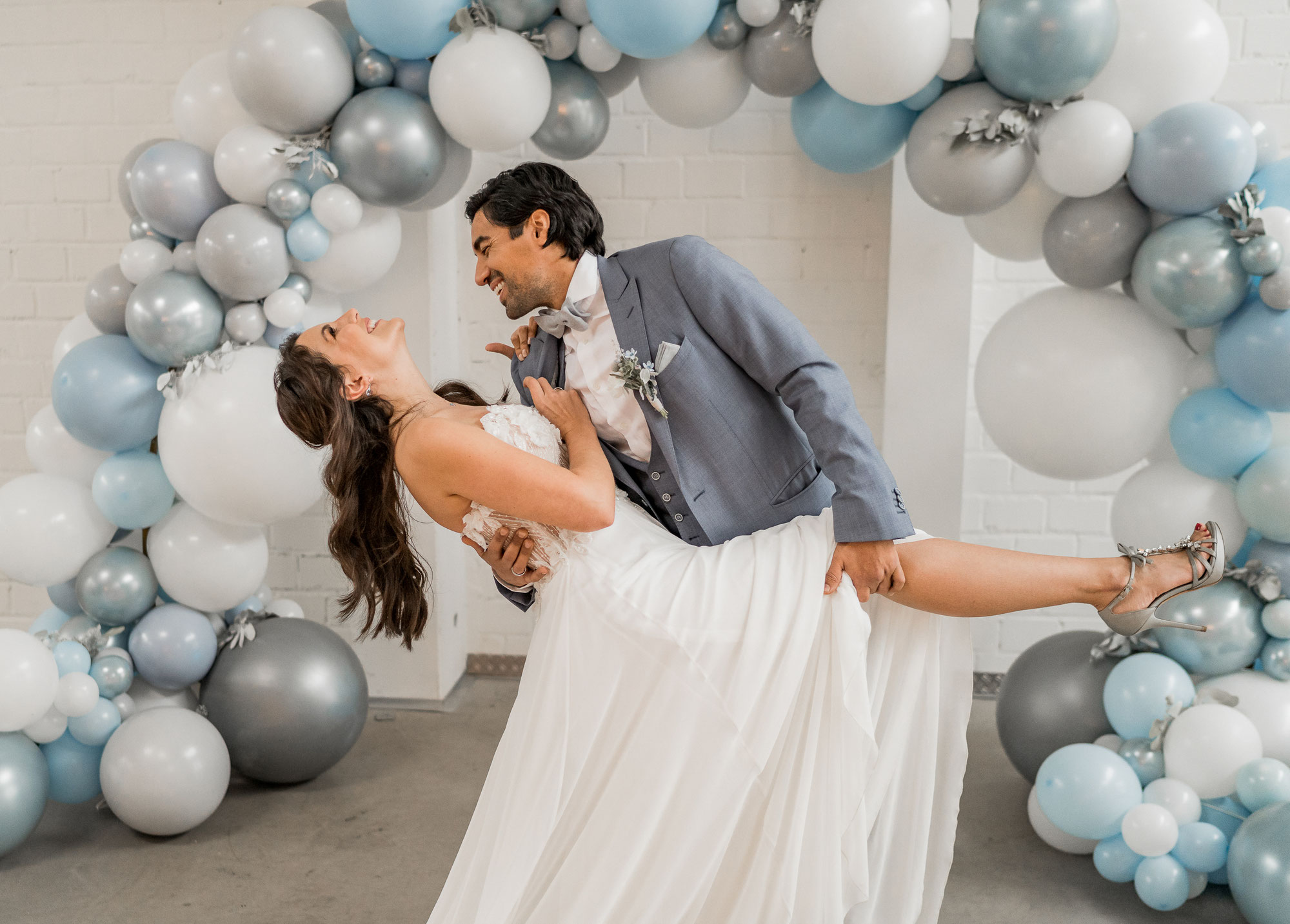 Up to the Sky - Wedding Inspiration im Kabelwerk Bergheim