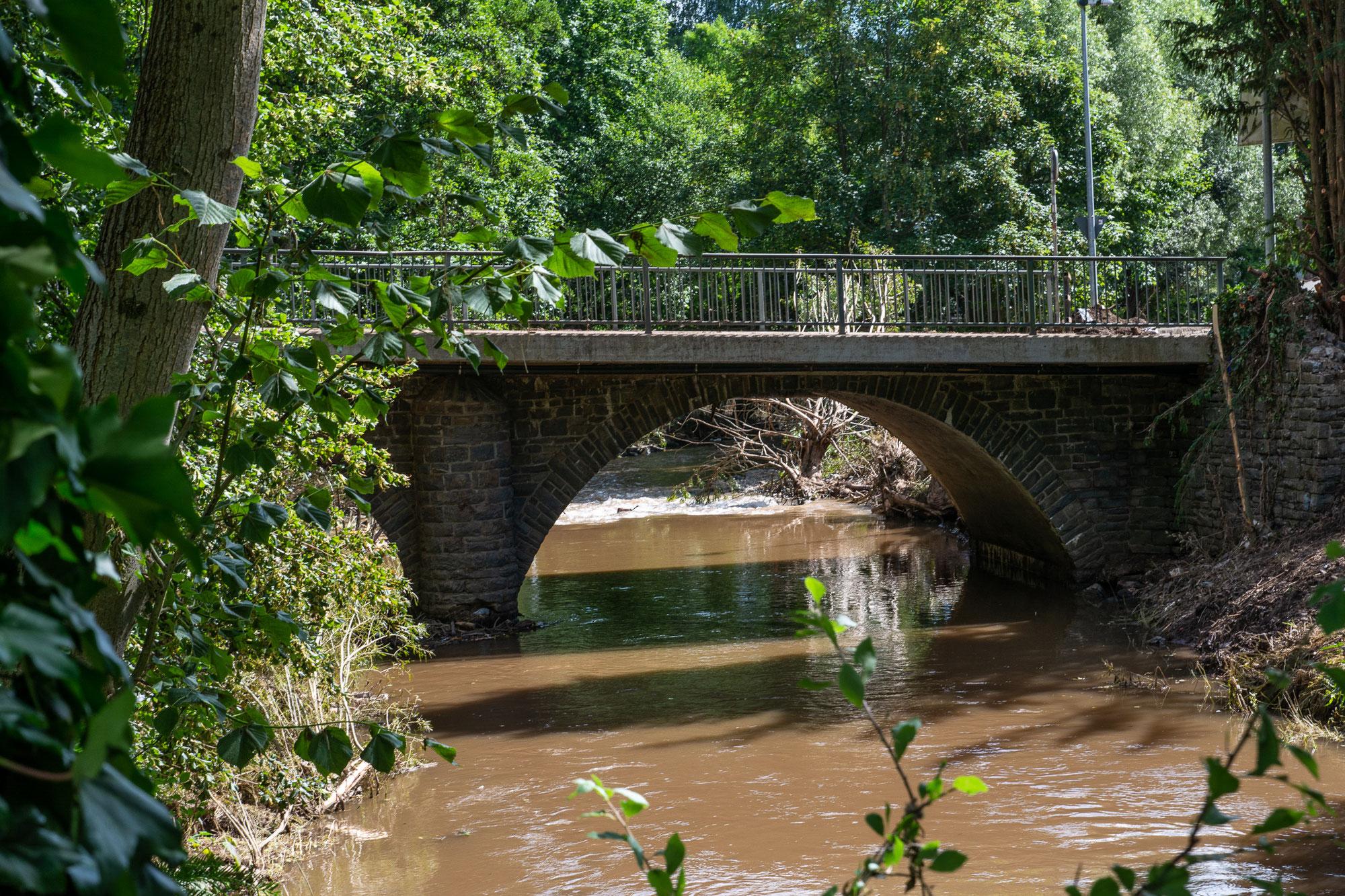 Brücken - tödliche Gefahr bei Hochwasser
