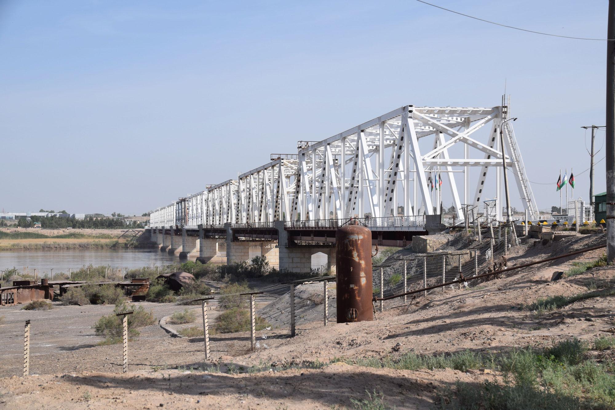 Liberalization of Border Regime Leads to Fragile Economic Boom at the Afghan-Uzbek Border