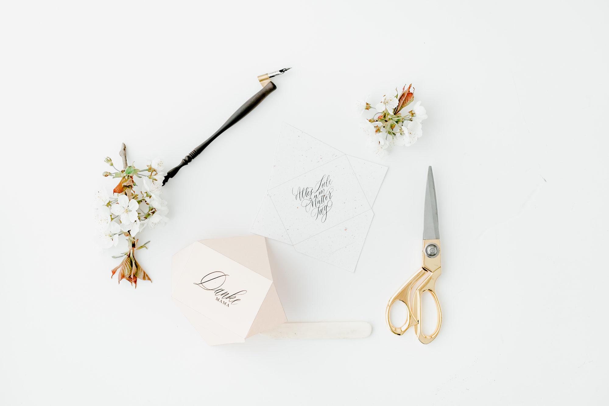 Muttertag Special: Kalligrafie Briefumschläge zum Ausdrucken