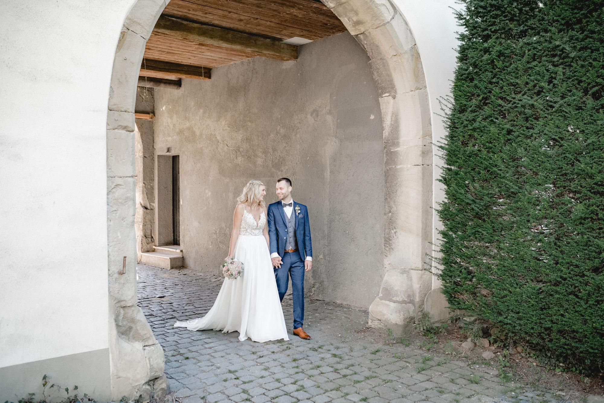 Kira & Daniel, standesamtliche Trauung auf Schloss Bildern