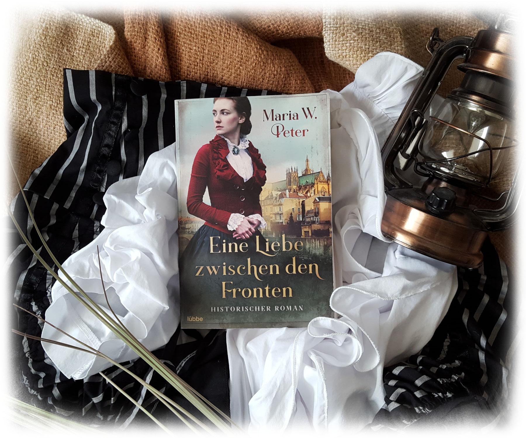"""""""Eine Liebe zwischen den Fronten"""" von Maria W. Peter"""