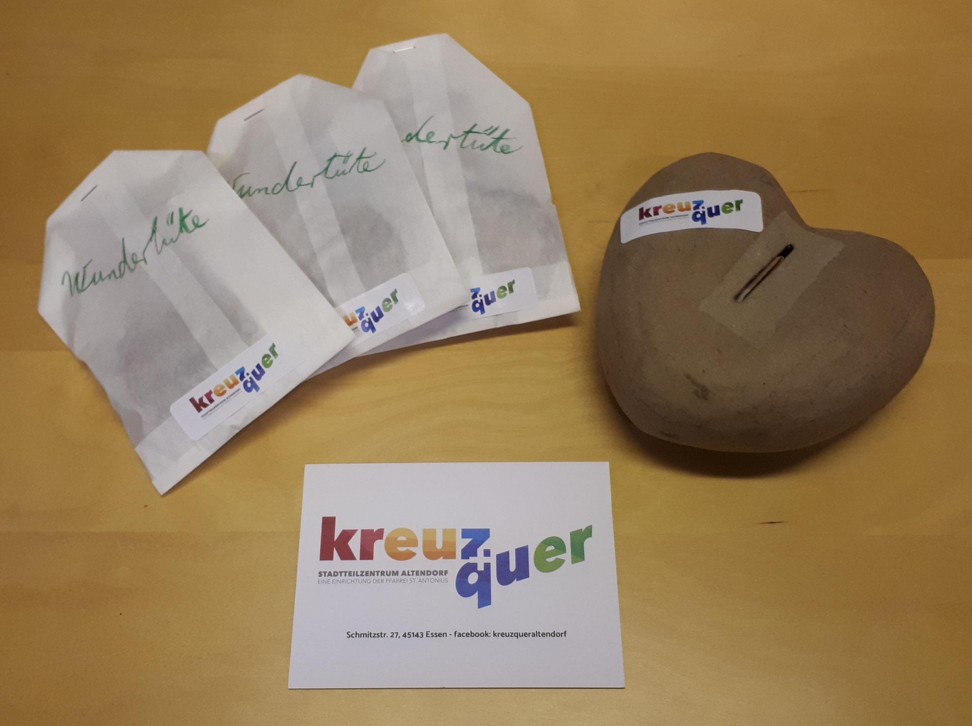 "Essener Stadtteilzentrum ""kreuz + quer"" verkauft Wundertüten"