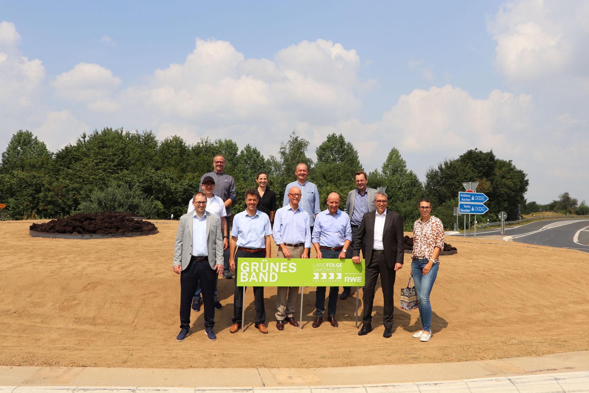 Grünes Band: Umgestalteter Kreisverkehr bei Jackerath wurde eingeweiht