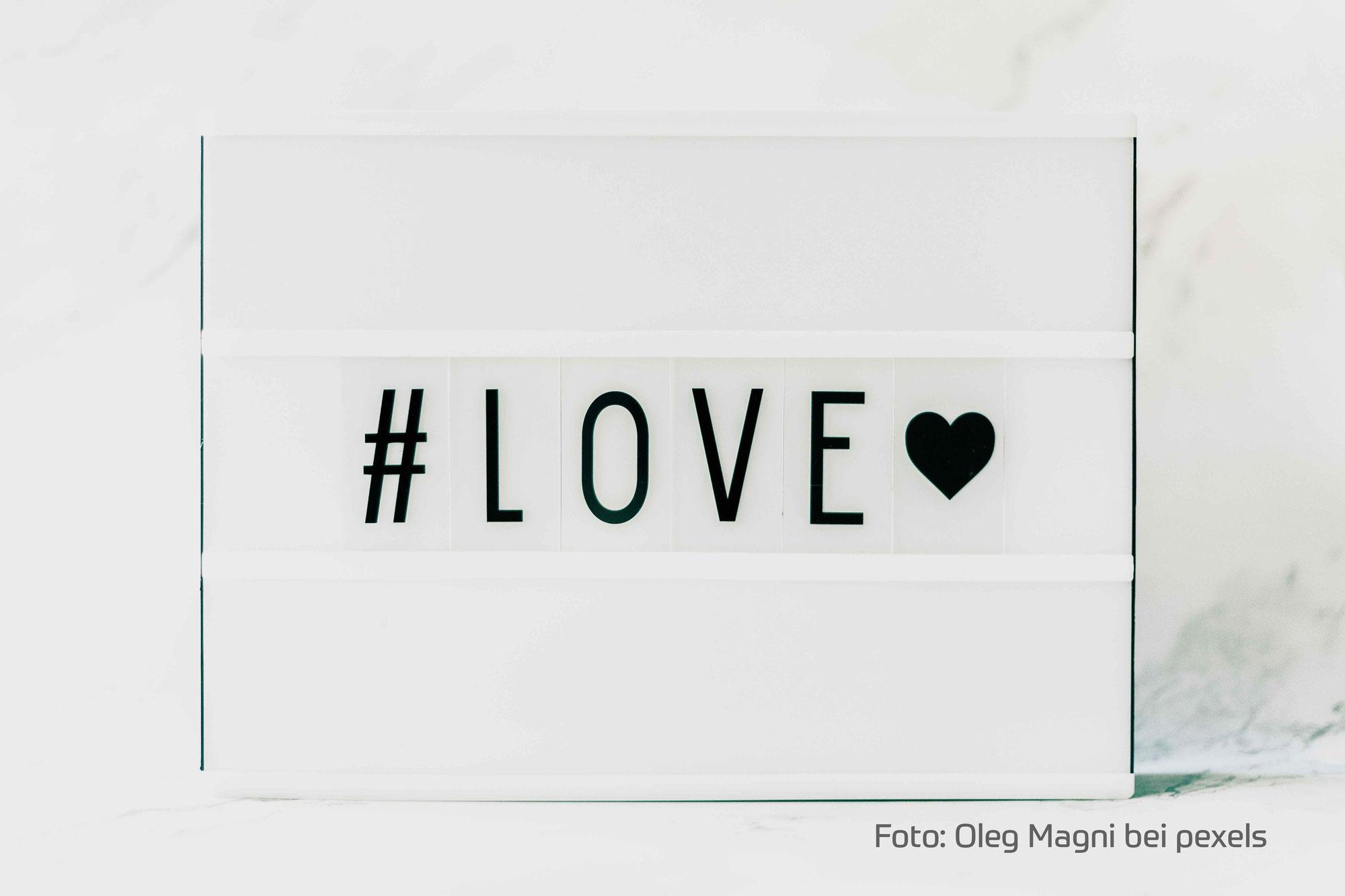 Wenn die Liebe gemobbt wird.