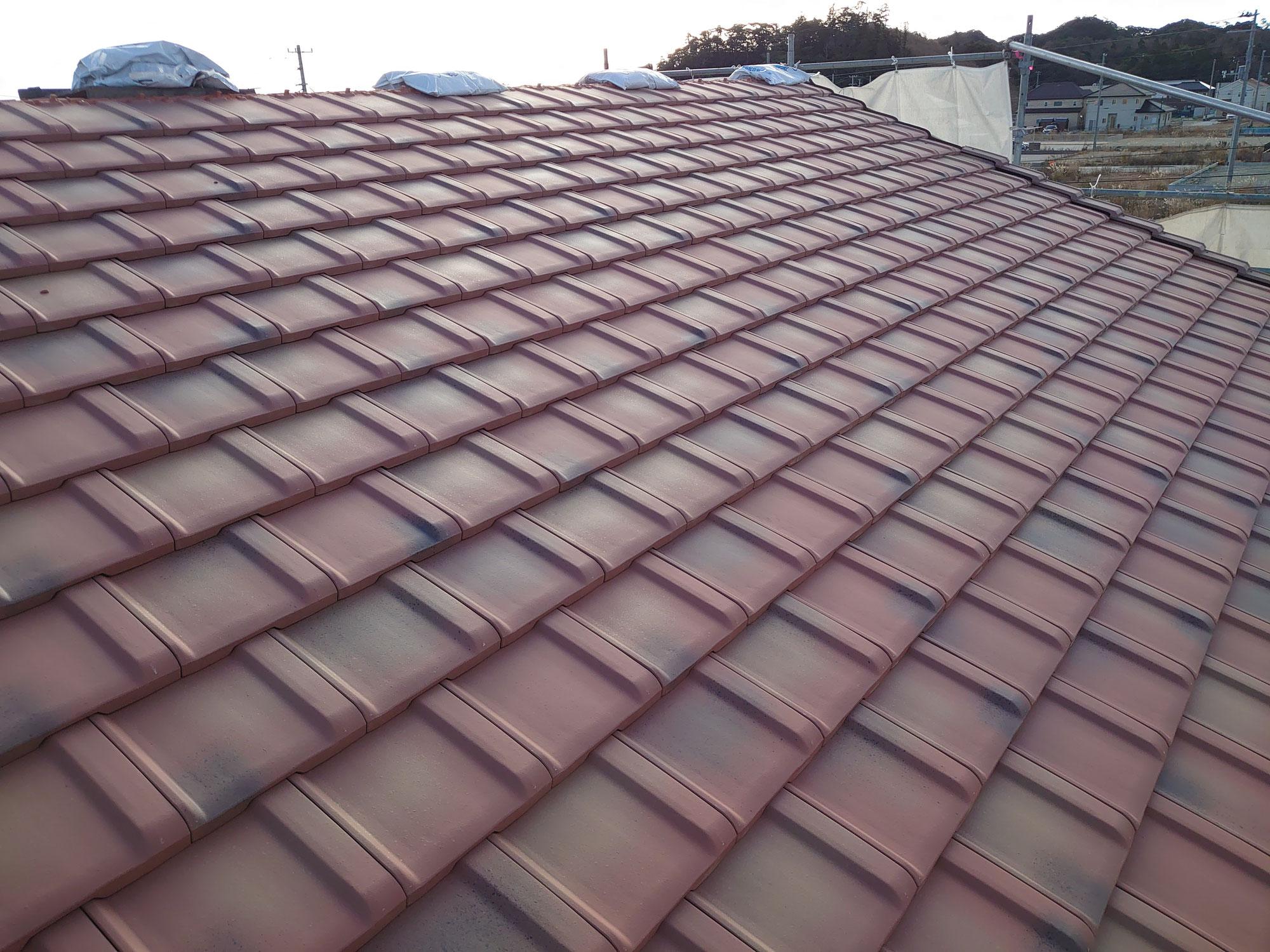 瓦屋根と板金屋根