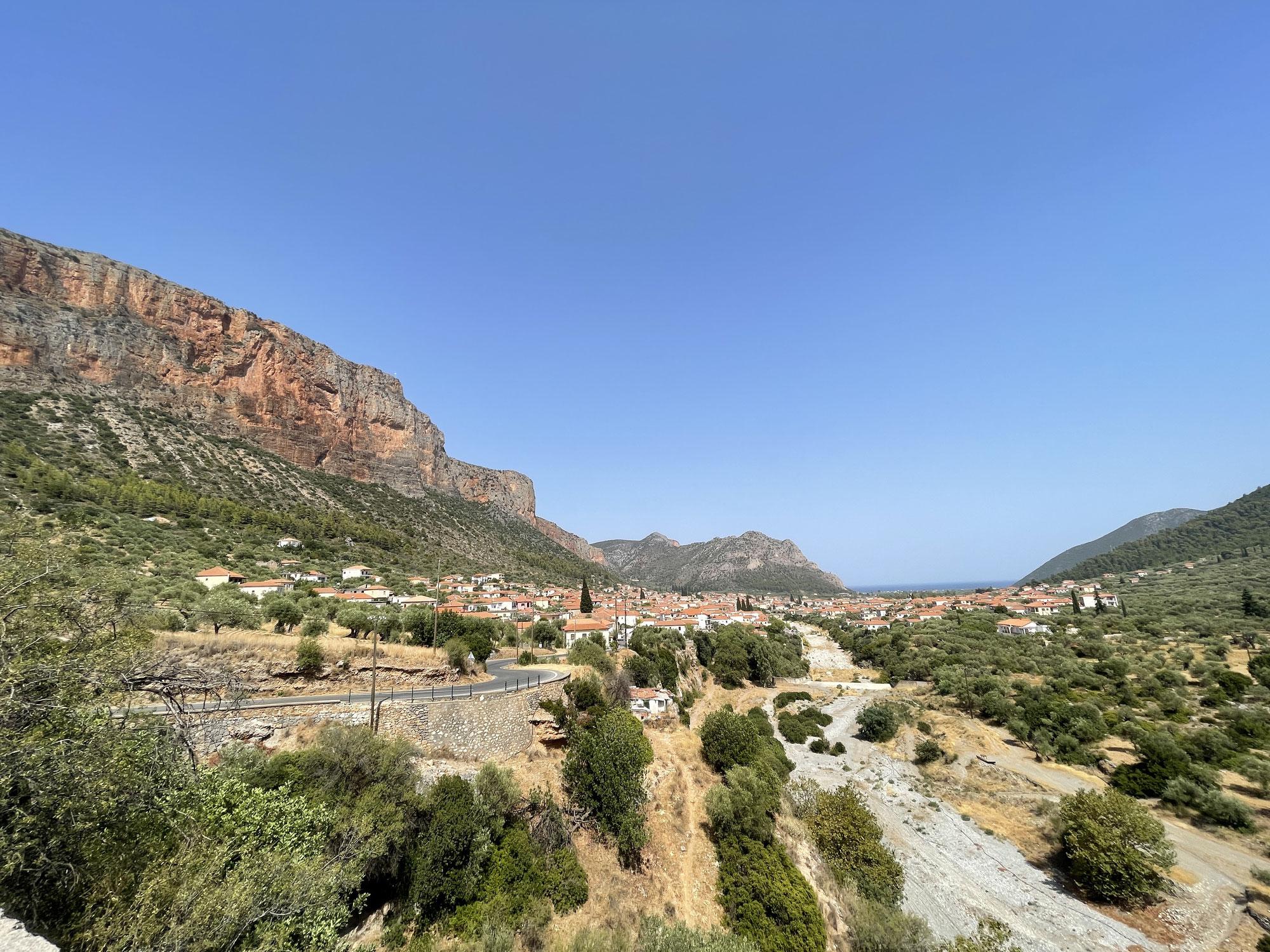 Tag 14, Leonidio durch die Dafnón- Schlucht zum Kloster Elónis