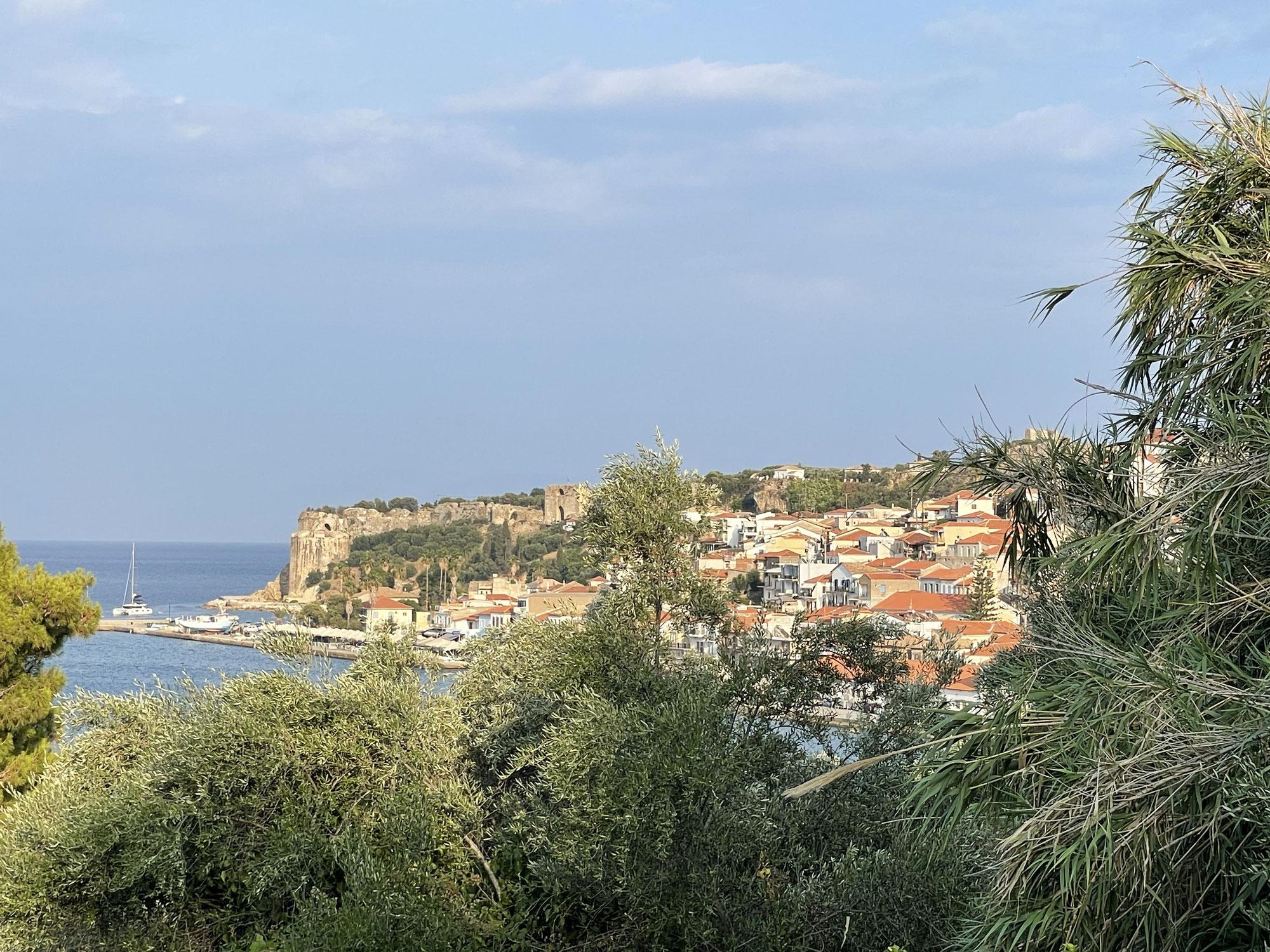 Tag 6, Weiterfahrt zur Voidokiliá Bucht, Pilos, Methóni und  Koróni die Städtchen und natürlich baden an Stränden