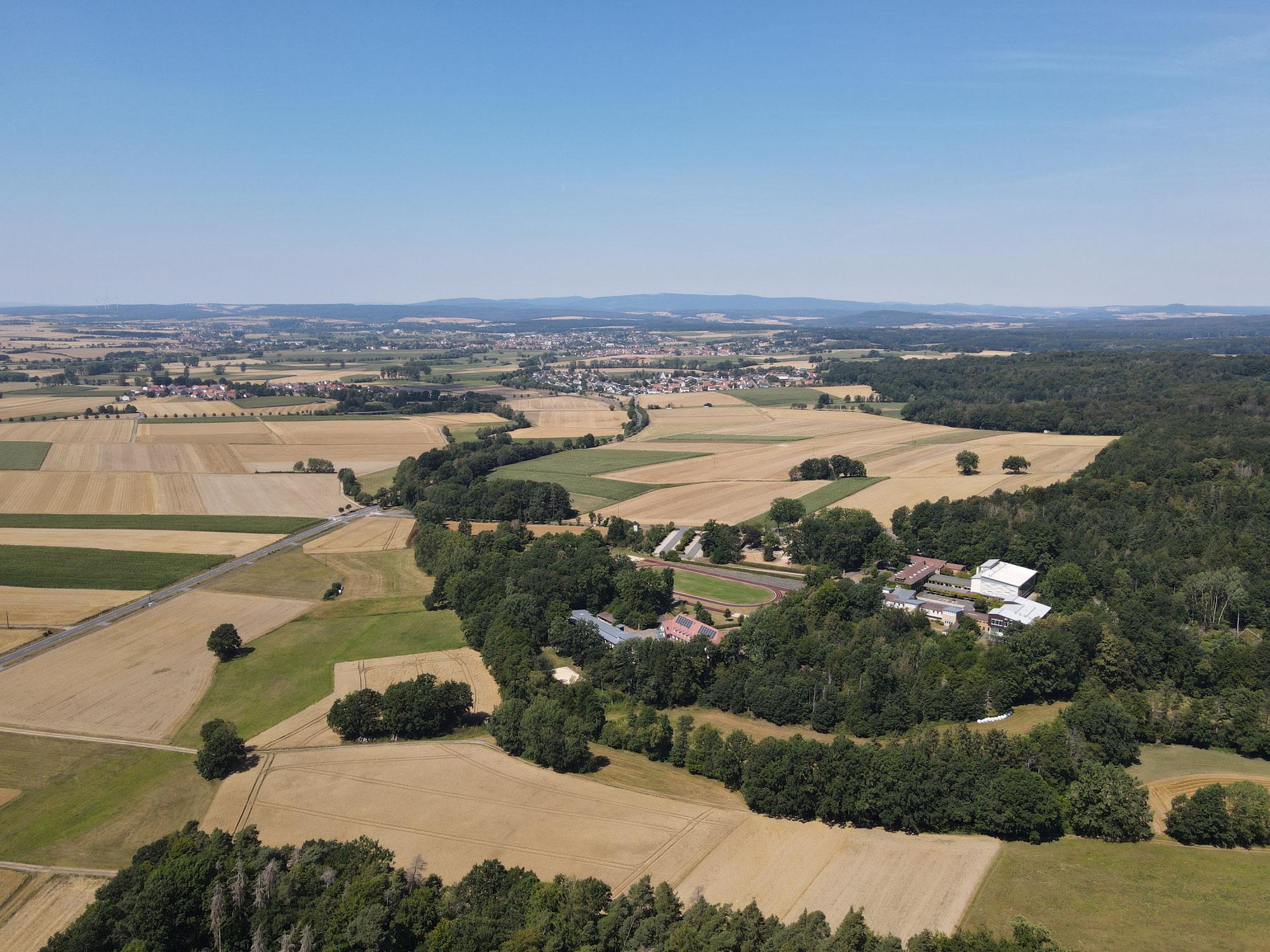 Drohnen-Video: Helix-Flug in der Schwalm - Hessen