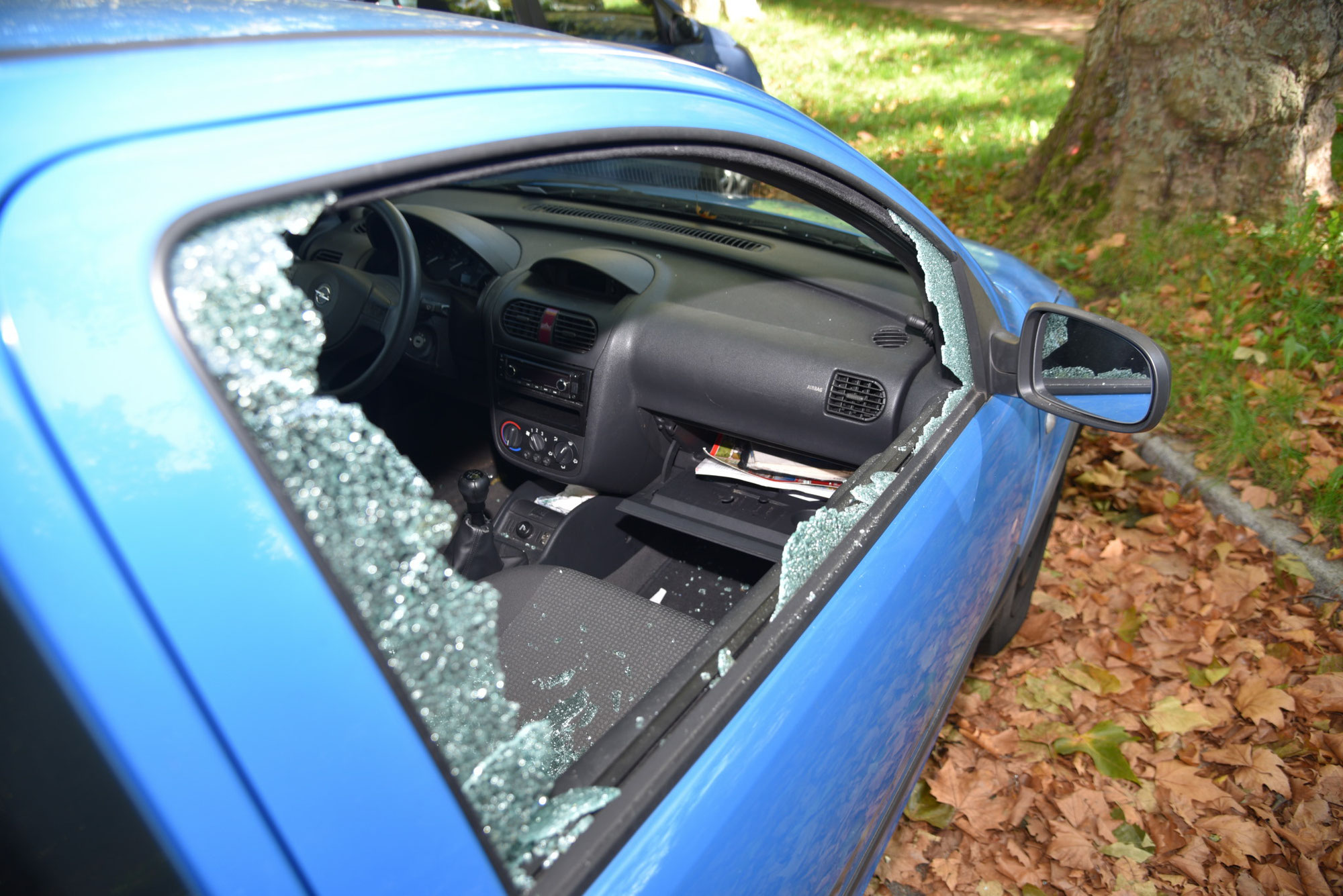 Weinheim: Zwei Autos aufgebrochen - Zeugen gesucht