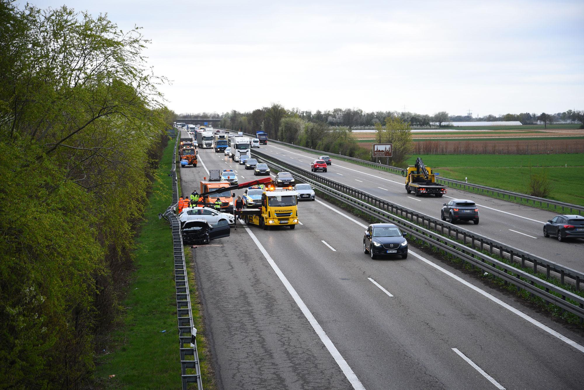 Hirschberg-Leutershausen/BAB 5: Verkehrsunfall auf A5 in Richtung Frankfurt
