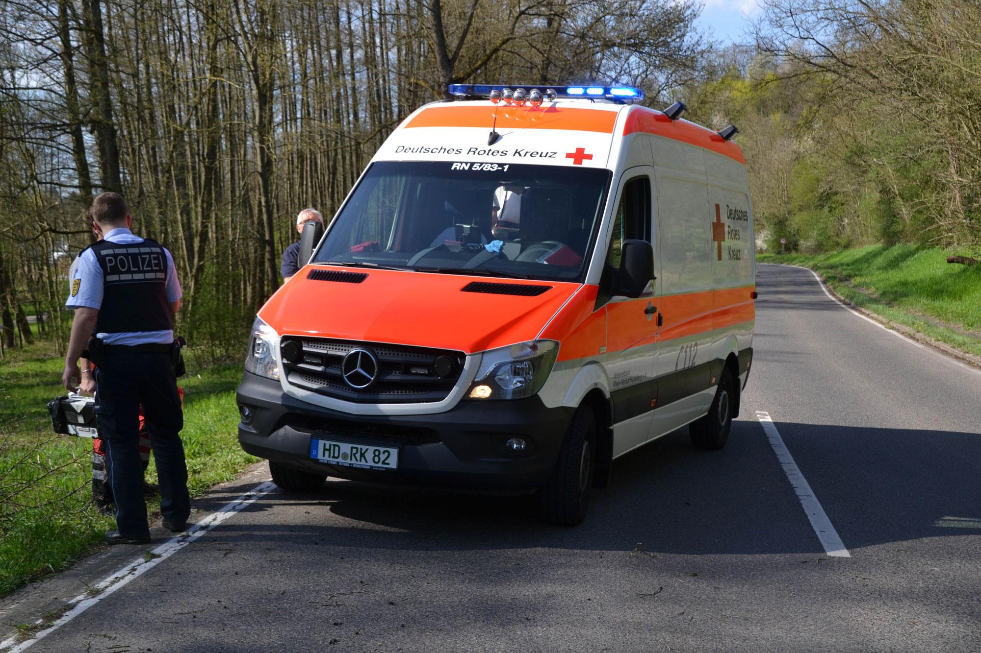 Gem. Dielheim: Motorradfahrerin bei Auffahrunfall verletzt