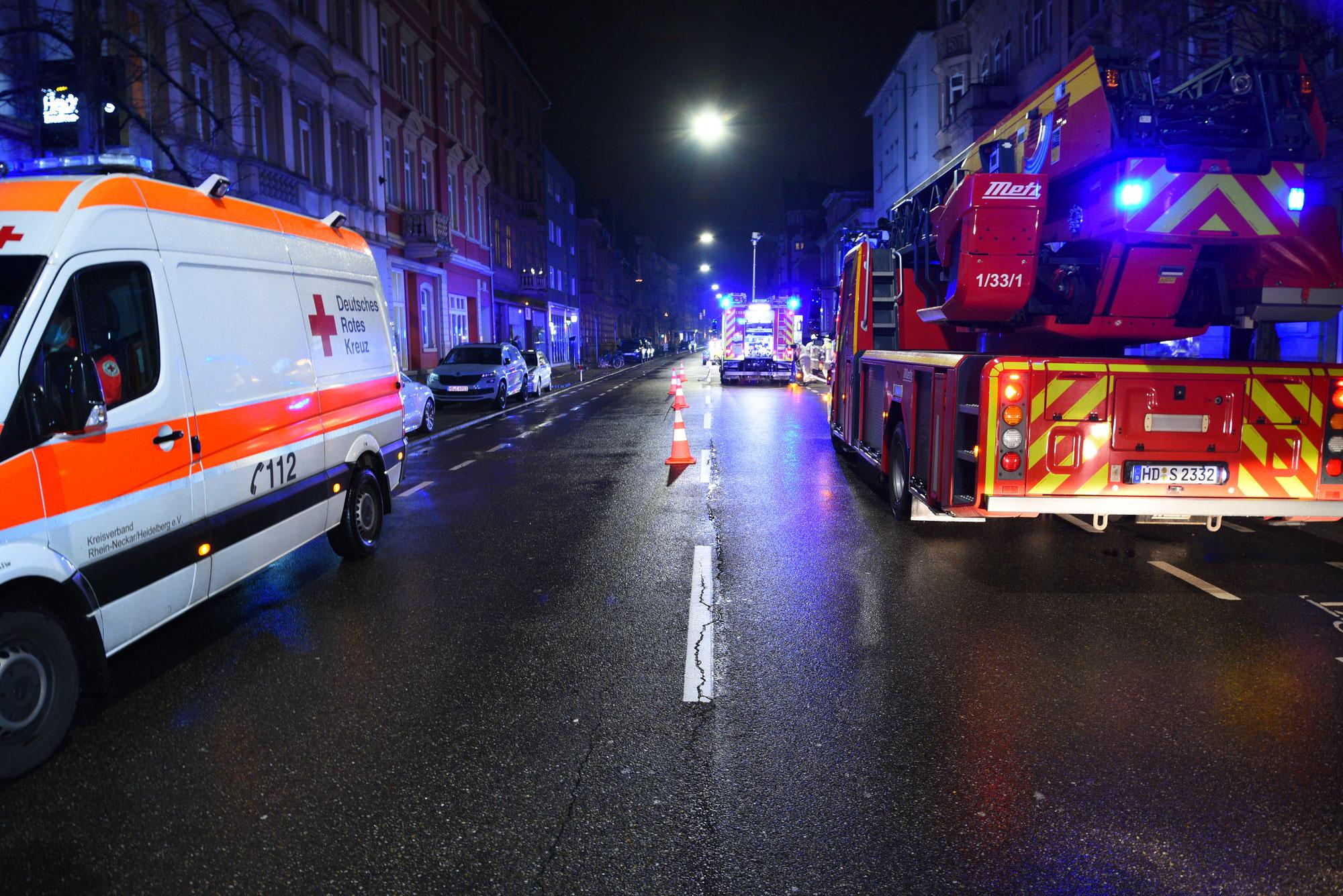 Heidelberg/Weststadt: Elektroroller in einer Tiefgarage in Brand geraten