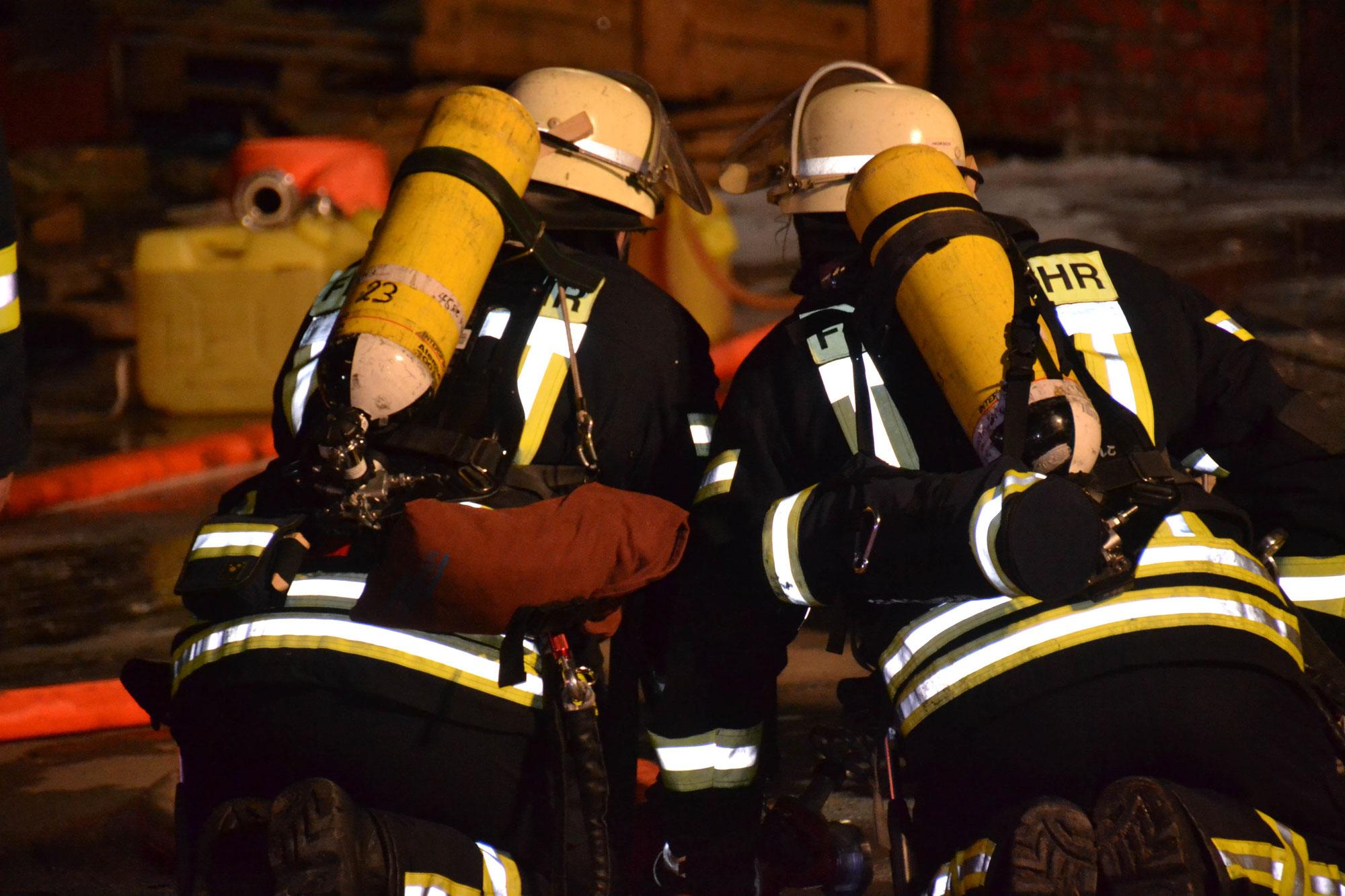 Schriesheim-Altenbach Rhein-Neckar-Kreis: Zimmerbrand durch vergessene Kerze